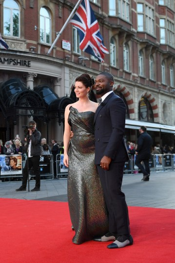 LONDON, ENGLAND - OCTOBER 05: Actor David Oyelowo (R) and his wife, fellow actress Jessica Oyelowo attend the 'A United Kingdom' Opening Night Gala screening during the 60th BFI London Film Festival at Odeon Leicester Square on October 5, 2016 in London, England. (Photo by Gareth Cattermole/Getty Images) *** Local Caption *** David Oyelowo; Jessica Oyelowo