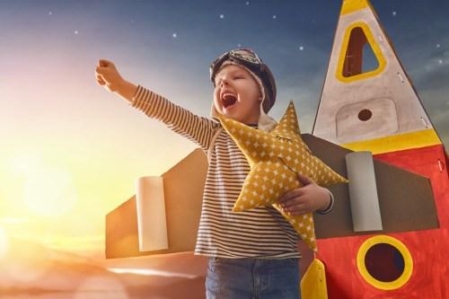ребенок космонавт, счастливое детство, успех, детский центр в бутово