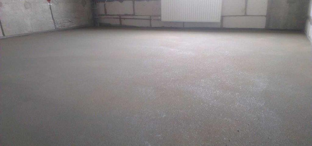 La composición de la regla del piso depende de los requisitos y tareas.