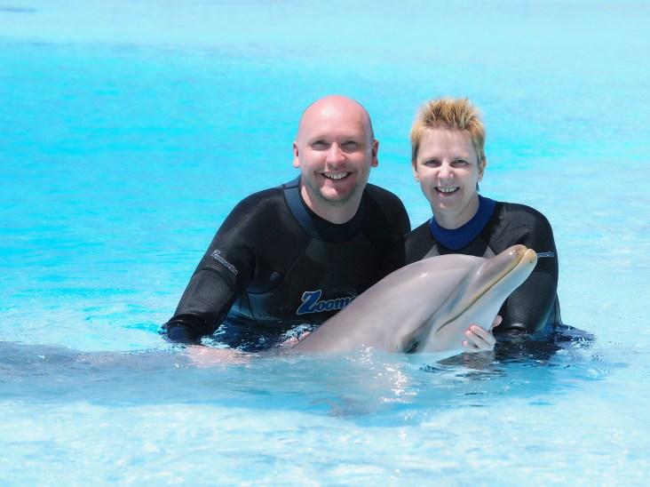 Samen met dolfijn Hugo