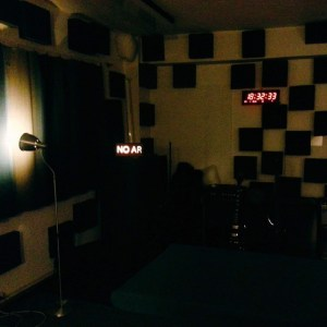 Getting ready for Monday's session, Fitas of the Fittest on #stressfm - live from #thecompany sound http://ift.tt/1CcR6Tm