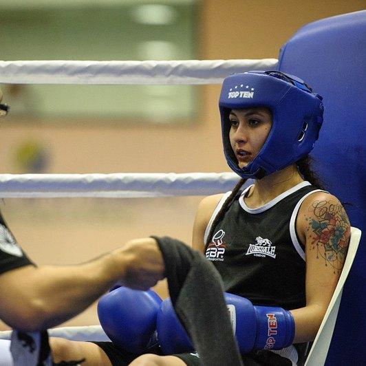 Escola de Boxe #Portimão, Porto Salvo 2016 // @andre.boxing // #boxinglisboa // #womensboxing // #Lisboa // #Portugal // #retratos // #coragem // by boxinglisboa