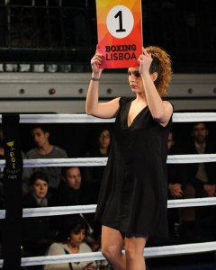 Ana Lúcia, Ring Girl - Fevereiro 2016. Fashion design by @fragacraft // #boxinglisboa // #cultura // #noitenacidade // #boxe // #Lisboa // #moda // by boxinglisboa