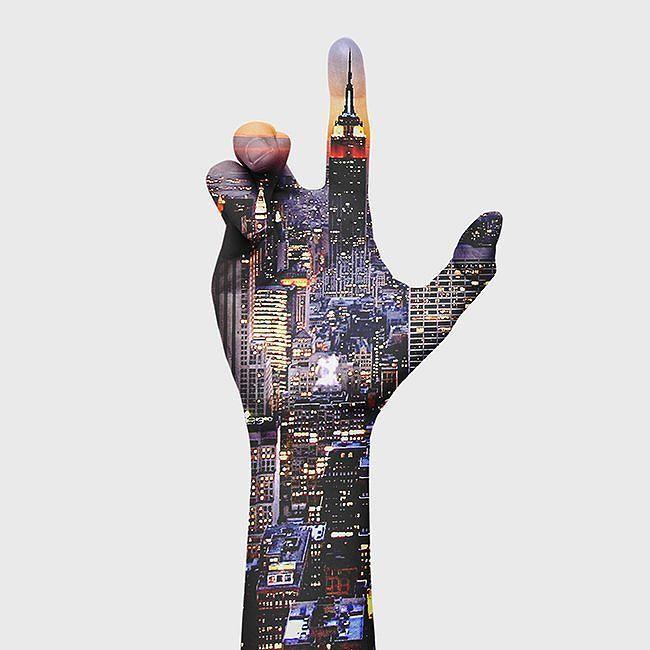 Os recuerdo que este viernes es la INAUGURACIÓN de mi expo #_hands en el bar @quoncorcafe a partir de las 22!!!!! ENTRADA GRATUITA, allí os espero a todos 😊 (C/Jesús del Valle 31) #gemmabou #gemmabouphotography #hands #NY #quoncor #Madrid by gemmabou...