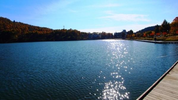 長野県麻績村聖高原聖湖紅葉スポット