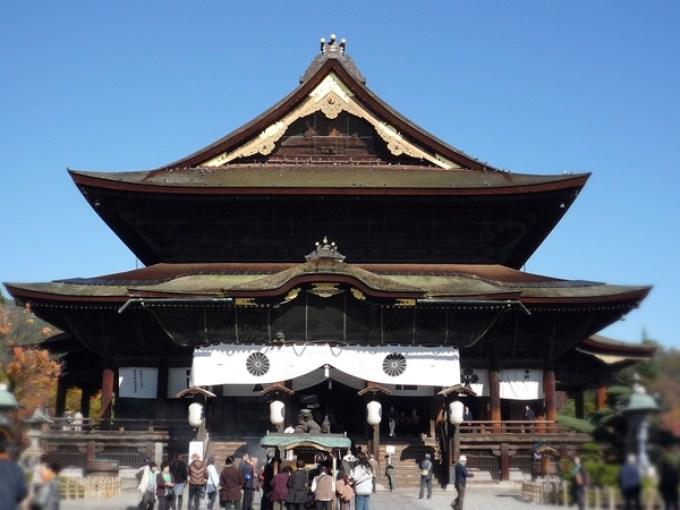 長野県長野市善光寺初詣二年詣り