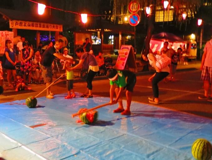 戸倉上山田温泉夏休み盆踊り大会スイカ割り大会