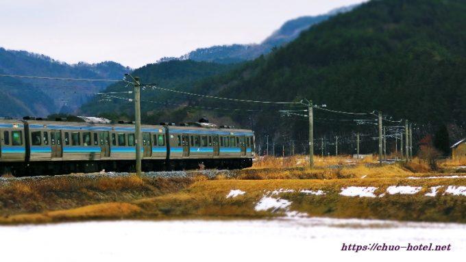 JR篠ノ井線麻績村冠着駅
