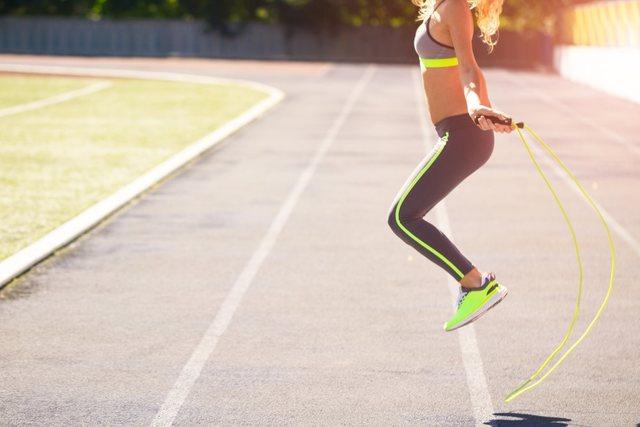 Nhảy dây là một bài tập giảm cân hiệu quả