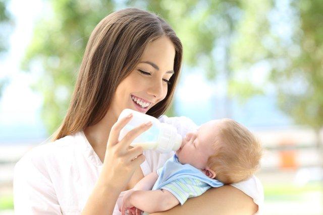 Sữa công thức cho trẻ 6 tháng tuổi