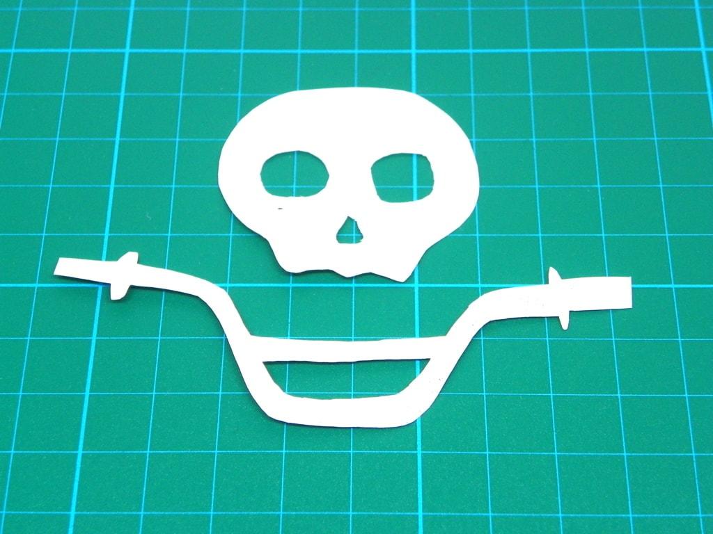 plantilla para hacer calavera de bandera pirata