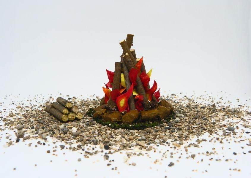 ¿Cómo hacer una hoguera en miniatura para decorar el Belén?