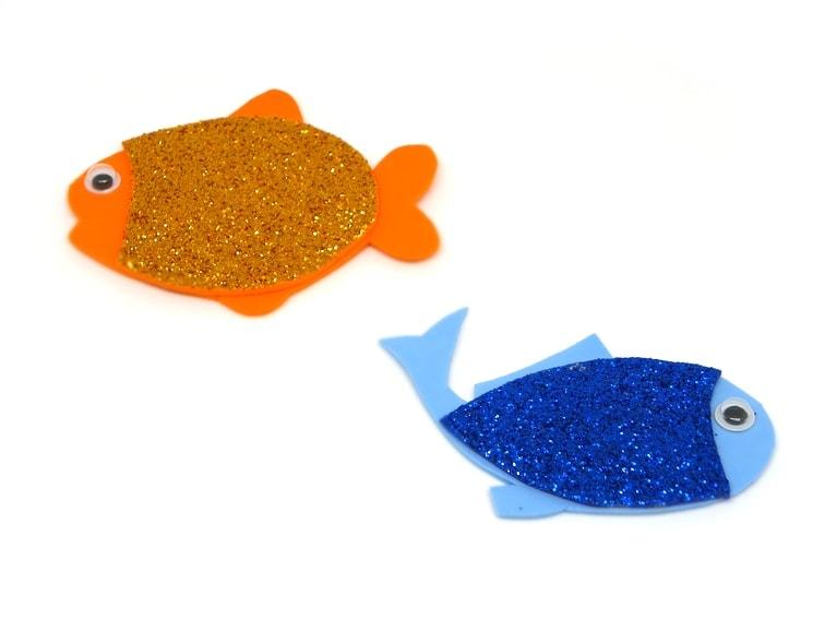 peces de colores de goma eva