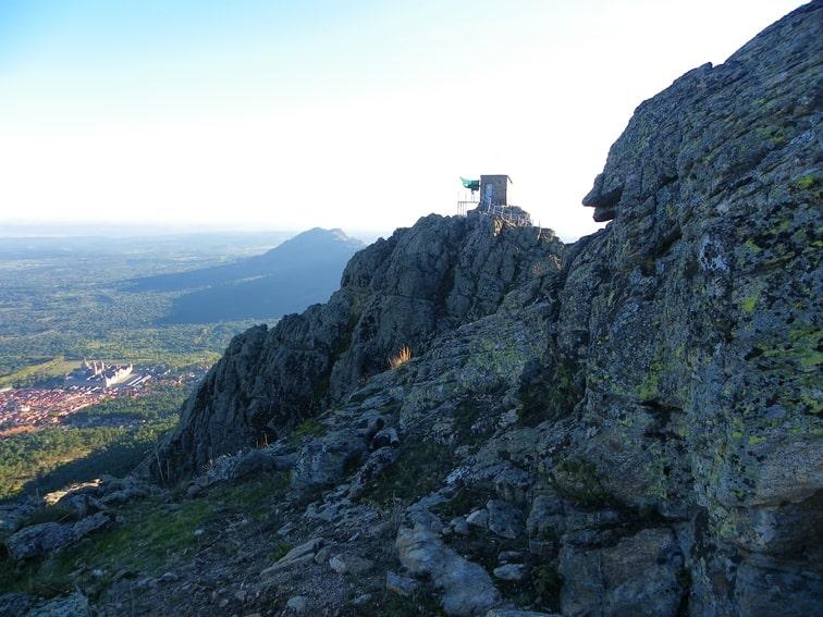 vista del monasterio de el escorial desde el pico de abantos