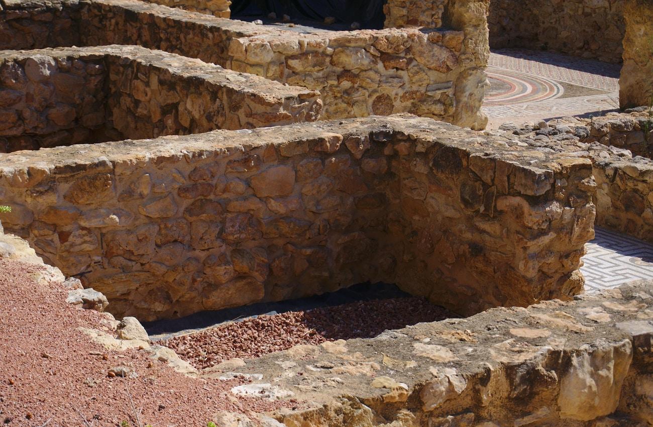 yacimiento arqueologico de casa romana en el palmeral de santa pola