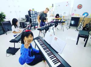 英語ピアノクラス