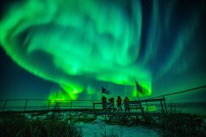Northern lights show at Seal River Heritage Lodge. Nate Luebbe photo.