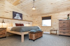 Bedroom at Seal River Heritage Lodge. Scott Zielke photo.