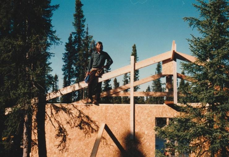 Len Friesen at North Knife Lake Lodge in 1986. Elaine Friesen photo.