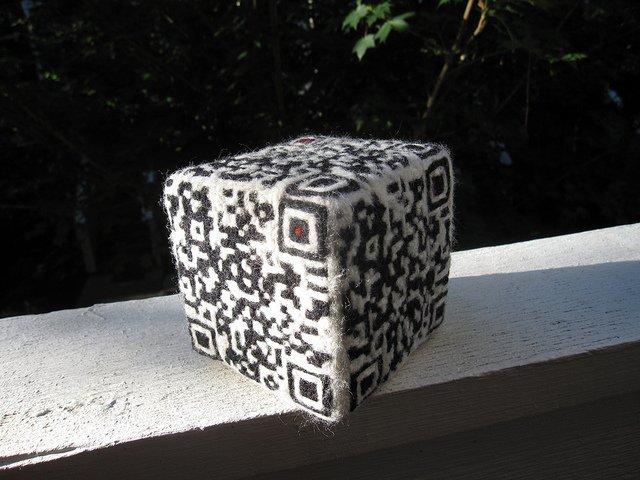 qr code game dice