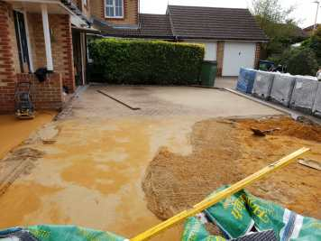 Churston Builders block paving 4