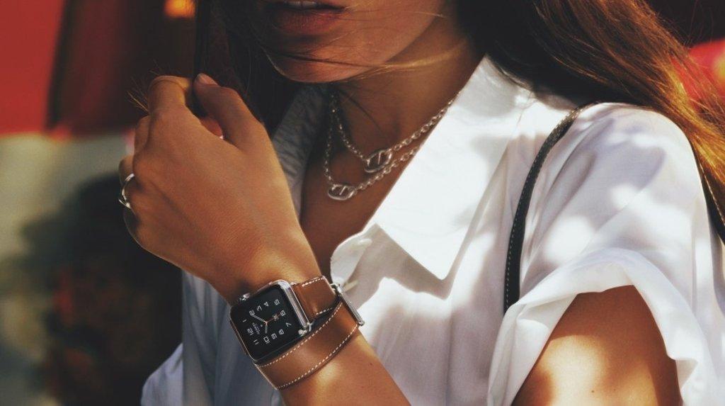 Jony Ive a Tom Ford společně hovoří o Apple Watch Hermès