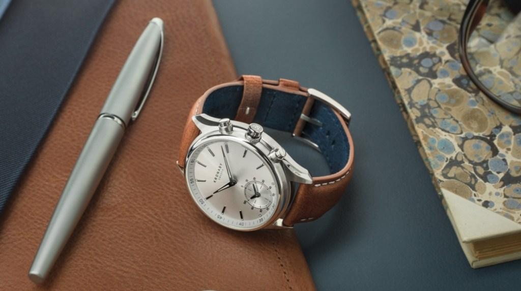 Chytré hodinky s dvouletou výdrží baterie!