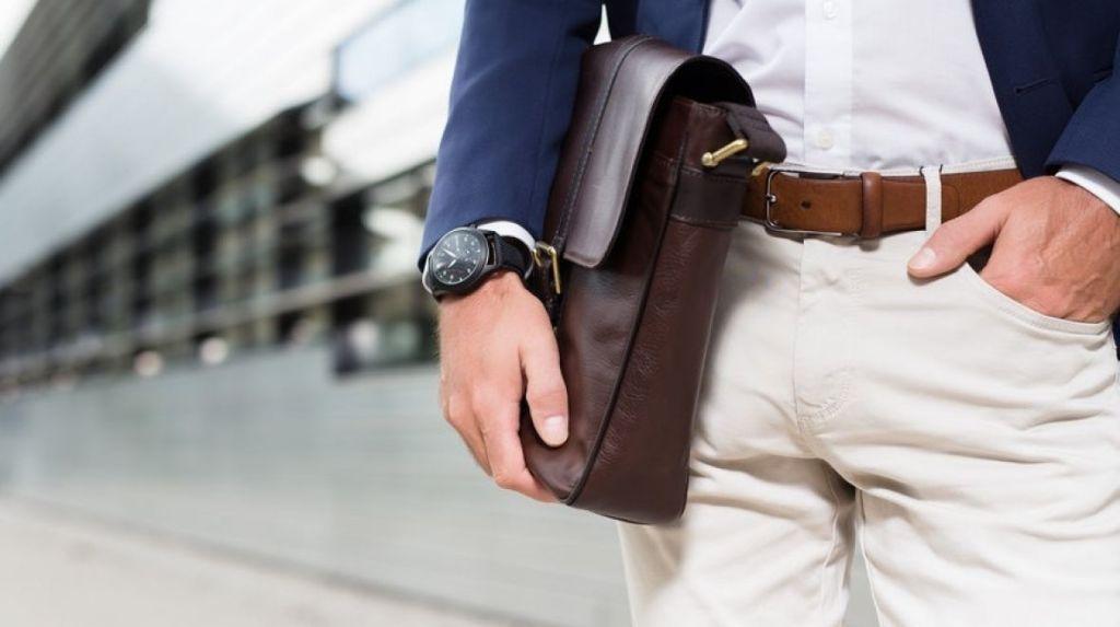 Runtastic Moment, analogové hodinky a fitness tracker v jednom