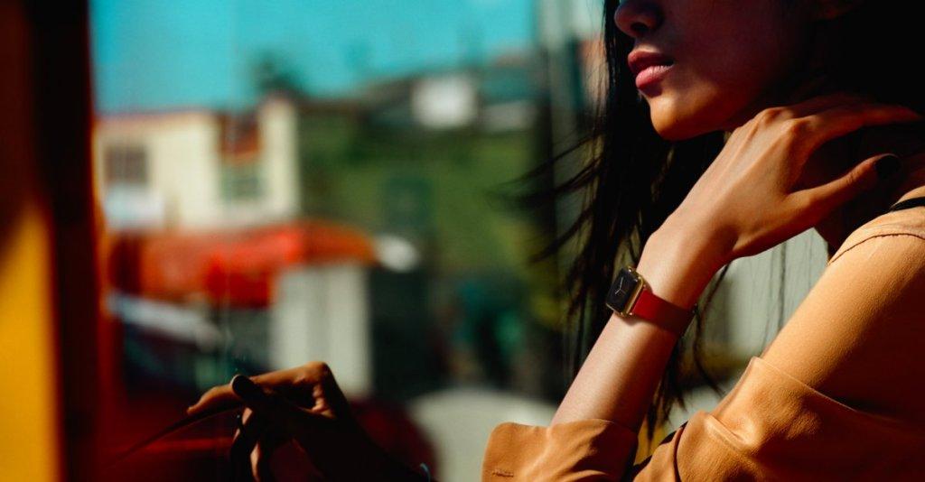 Tim Cook popřel nízké prodeje Apple Watch