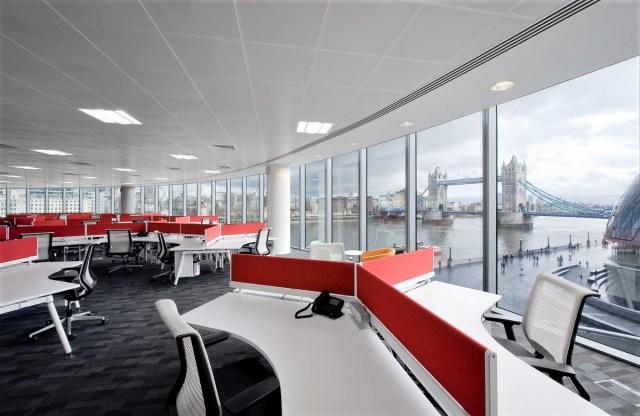 CREATIVE VARIATIONS OF OFFICE INTERIOR DESIGNS