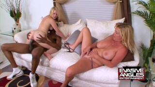Family Kink - StepMother Daughter Fuck BBC