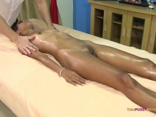 Petite naive Thai woman feels masseur enter her young pussy without condom