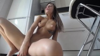 Amazing solo fit girl with lovense lush and dildo from Recurbate