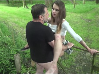 Old man hardcore fucking girl fucks her pussy and mouth