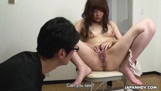 Japanese babe, Asuka Kyono is squirting, uncensored