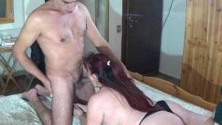 Curvy lady fucked in the hotel room