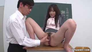 Japanese teacher, Asuka Kyono got fingered, uncensored