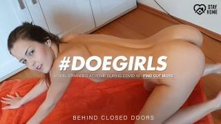 DoeGirls - Czech Babe Cindy Shine Cums Hard After Morning Workout