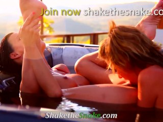 Shake The Snake – Whore on Whore Motion with Tremendous Blistering Amateurs
