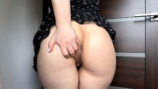 Hot pussy teasing from booty babe for strong orgasm