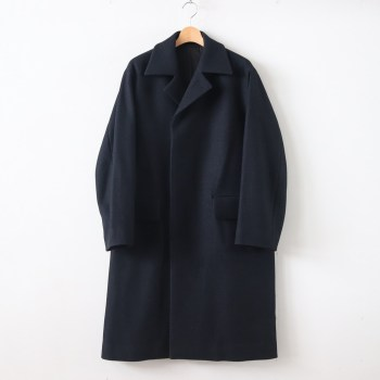 AURALEE | オーラリー [ WOOL SILK MELTON SOUTIEN COLLAR COAT #BLACK NAVY [A9AC01SN] ]