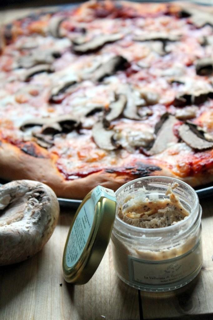truffle sauce pizza