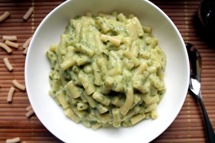 green goddess avocado mac and cheese