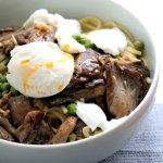 Roasted oyster mushroom & pea spaghetti with mozzarella