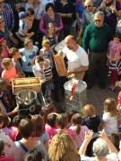 EVA - La Smielatura la presentazione del melario carico di miele