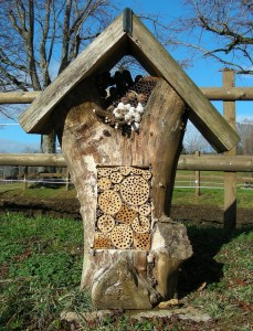 23 insect hotel