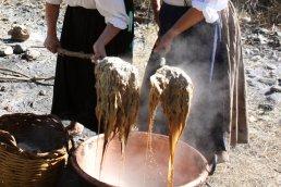 Lavaggio della Lana (passaggio in acqua calda)