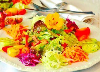 Mangiare a colori con frutta e verdura