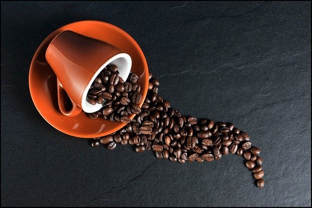 Il caffè fa bene alla salute? Quali sono i rischi?