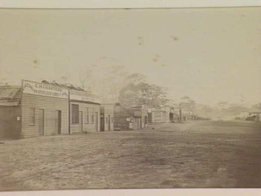 View of Corbett Street, Graytown' (Spring Creek Diggings). Courtesy SLV. http://www.slv.vic.gov.au/pictoria/gid/slv-pic-aab67793